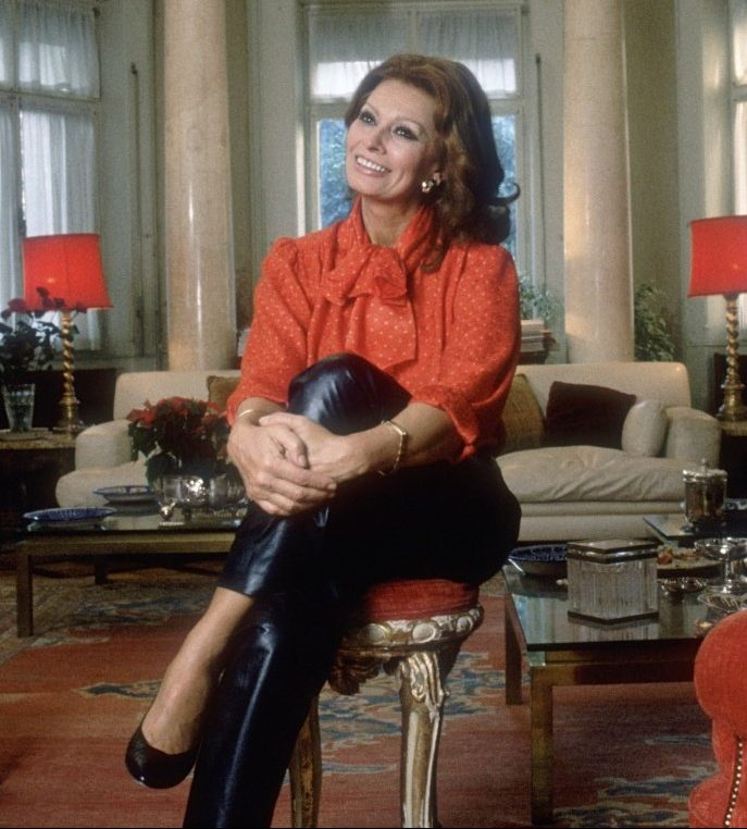 19s Sophia Loren at Home e1584445210976 20 Things You Might Not Have Realised About Drew Barrymore