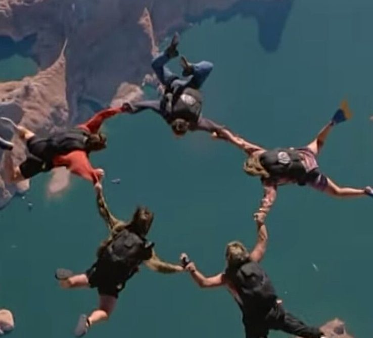 804a48093a515380a8f6bfc9b2b45987 e1614767806253 20 Adrenaline-Fuelled Facts About 1991 Action Classic Point Break