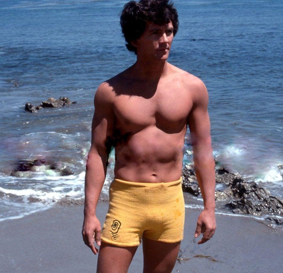 80s 8 e1597832692305 20 Hilariously Wonderful Photos Of 80s Male TV Stars