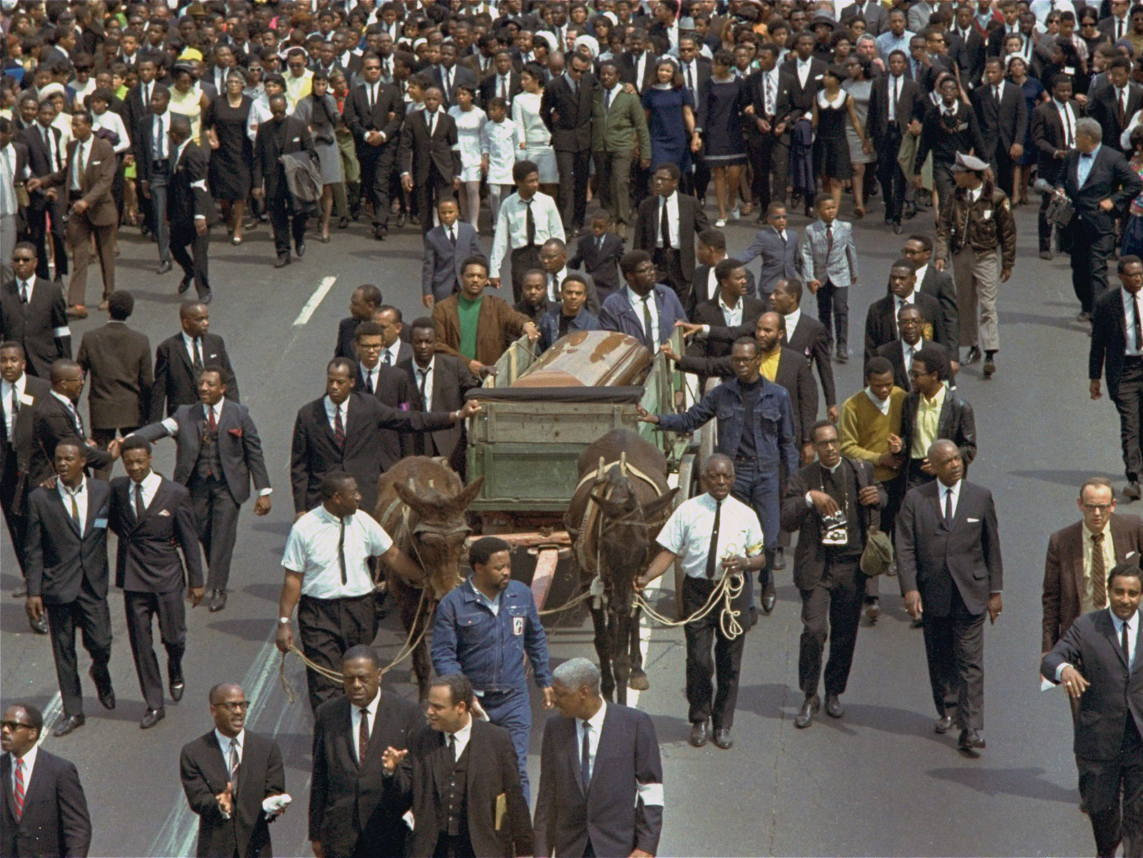 Funeral procession Martin Luther King Jr Atlanta April 9 1968 20 Facts You Never Knew About Samuel L Jackson