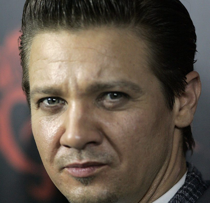 Jeremy Renner 6 2013 e1617029659868 20 Things You Probably Didn't Know About Clueless