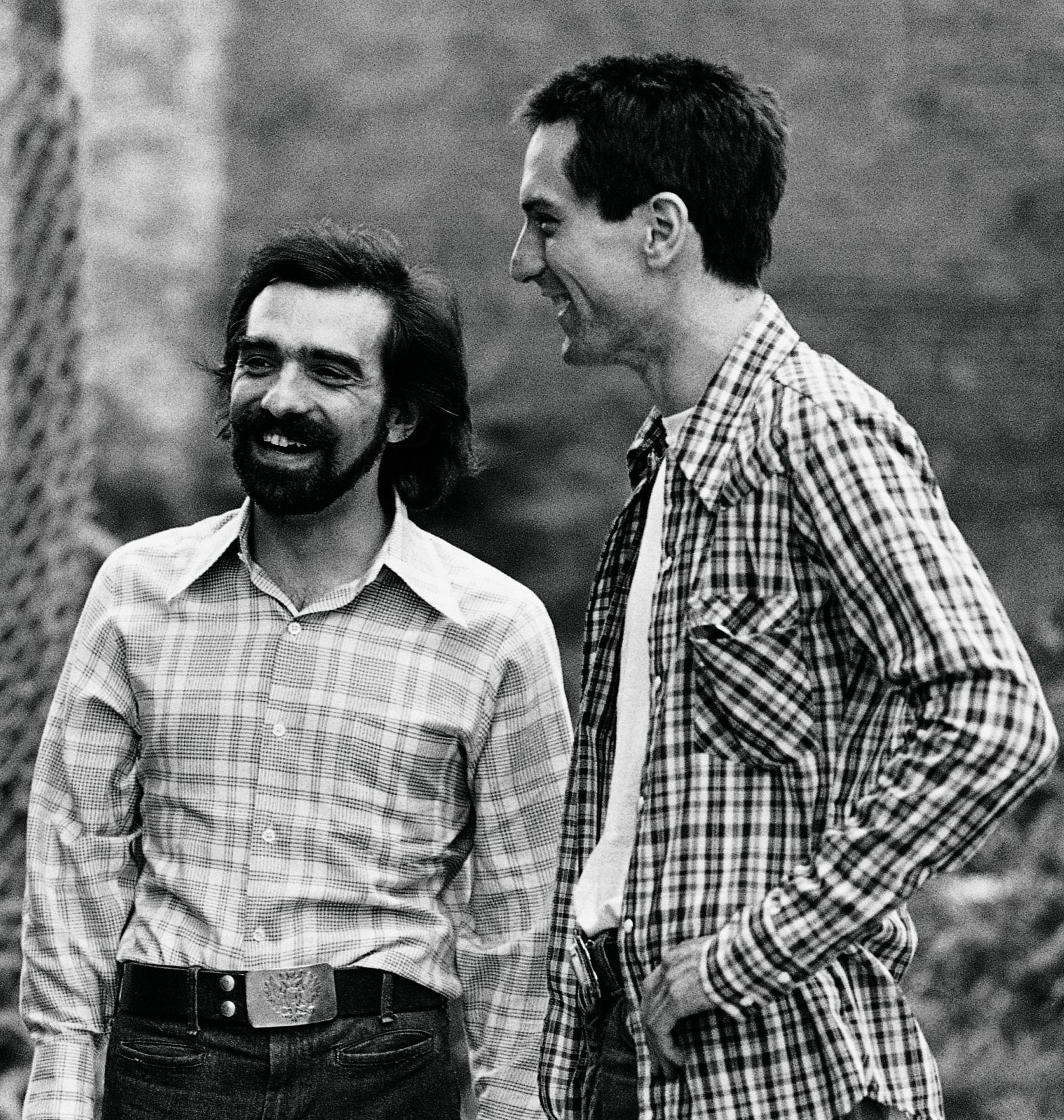 Paul Schrader Martin Scorsese and Robert De Niro on the set of Taxi Driver 24 Things You Didn't Know About Robert De Niro