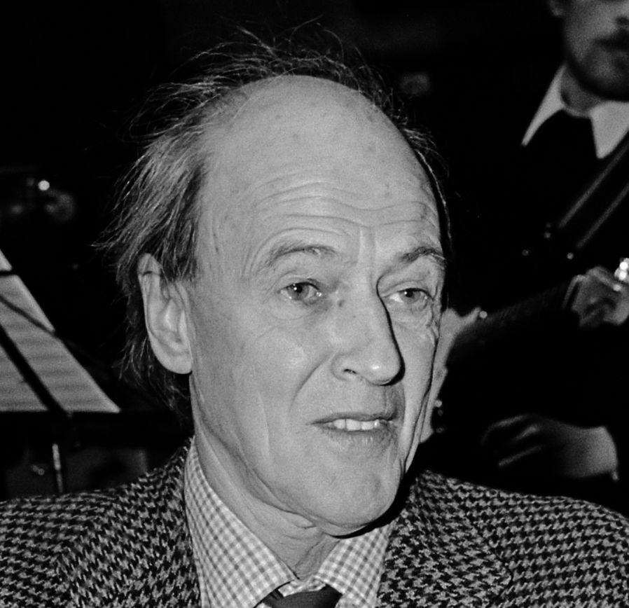 Roald Dahl 1982 e1622560577681 28 Things You Probably Never Knew About Willy Wonka And The Chocolate Factory