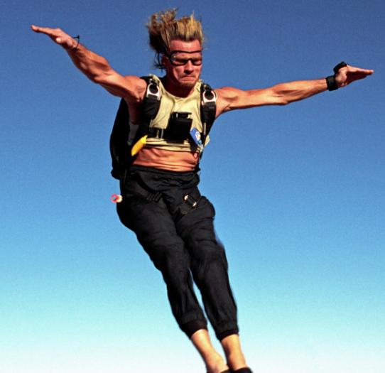 bff230c593af91b6d263e93631d40a0d e1614767822323 20 Adrenaline-Fuelled Facts About 1991 Action Classic Point Break