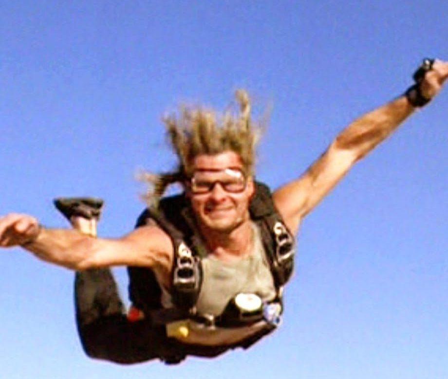 e90f6b66c9693ebc195a08fcd696f5dc e1614767777947 20 Adrenaline-Fuelled Facts About 1991 Action Classic Point Break