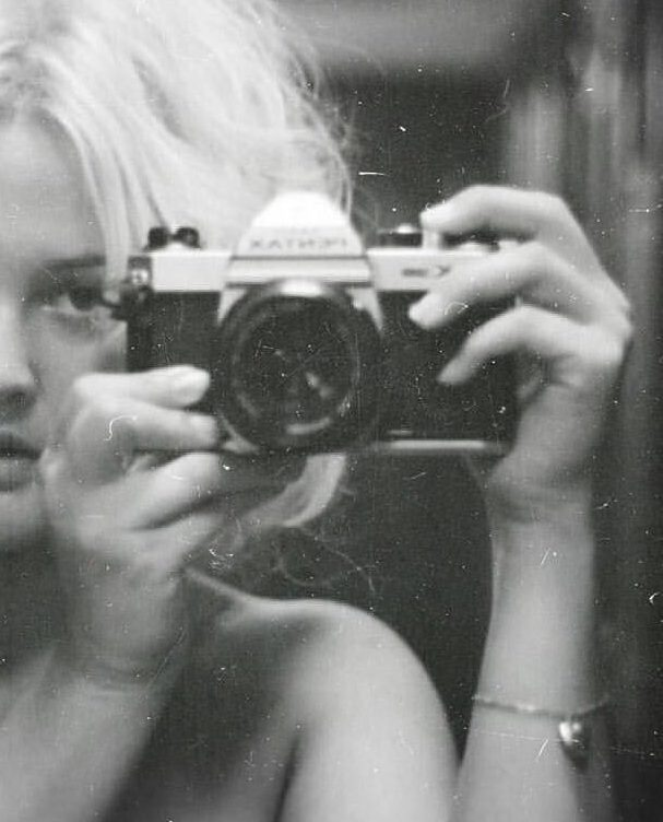 pentax1 e1584448081290 20 Things You Might Not Have Realised About Drew Barrymore