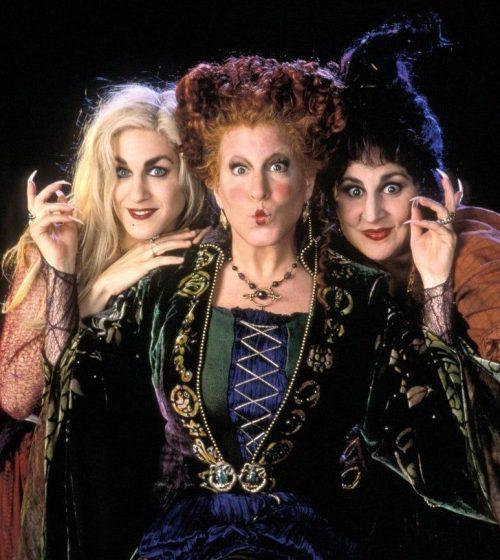 0ae45ce2e665e85e16dc15c2727680c7 e1570282084505 The 10 Best Movies To Watch At Halloween