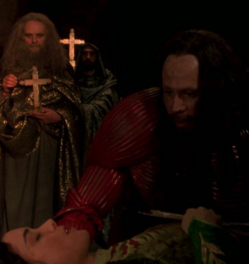 1 51 e1573129680260 20 Facts You Probably Didn't Know About Bram Stoker's Dracula