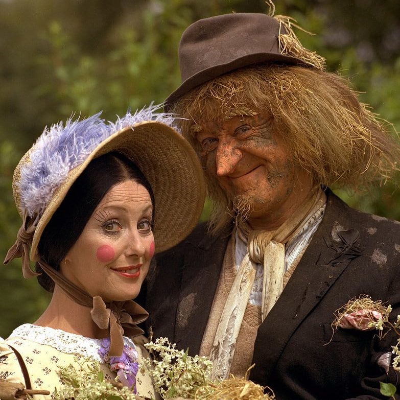 13481142644 745d981cf5 b e1571739876765 Peter Jackson Did The Special Effects, And 19 Other Facts About Worzel Gummidge