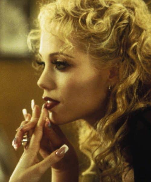 16 2 3 e1571223189996 20 Show-Stopping Facts About 1995's Showgirls