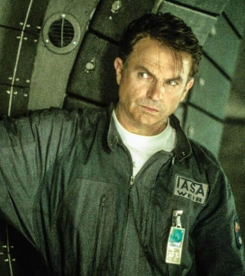 17 2 e1572533591325 Event Horizon: 20 Things You Never Knew About THE Cult Sci-Fi Horror