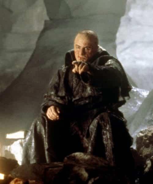 19 13 e1572277301231 The Dark Truth Behind 1994's Mary Shelley's Frankenstein