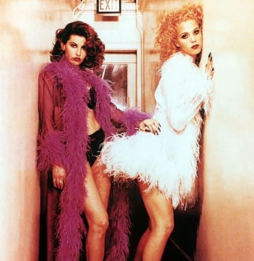2 3 3 e1571224120741 20 Show-Stopping Facts About 1995's Showgirls