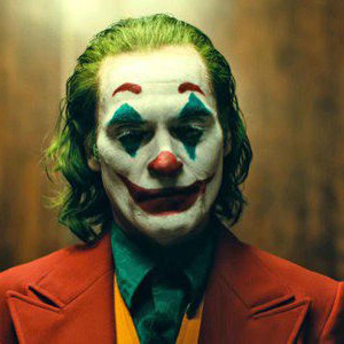 5d97653ecfd52.image The 20 Biggest Ways Joker Breaks the Superhero Mold