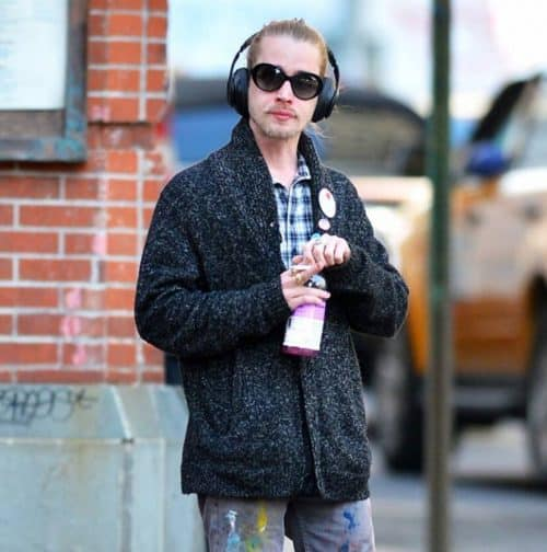 7 2 7 e1572359531589 Here's What Macaulay Culkin Has Been Up To Since Home Alone