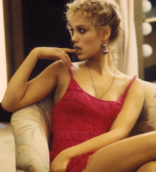 8 3 3 e1571223755647 20 Show-Stopping Facts About 1995's Showgirls