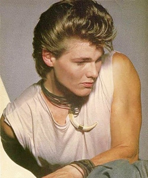 9 20 12 Hilariously Wonderful Photos Of 1980s Male Pop Stars