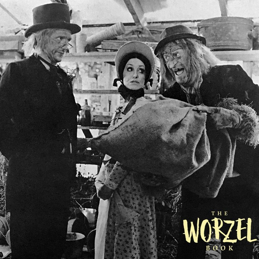 DLSfxXEW0AAsXD5 e1571738764906 Peter Jackson Did The Special Effects, And 19 Other Facts About Worzel Gummidge