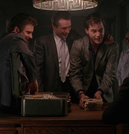 Goodfellas 1 20 Hilariously Negative Reviews Of Classic Movies