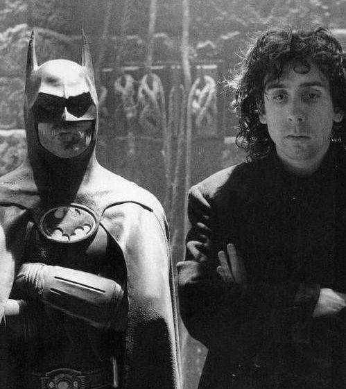 LdJb8v0DoE7gO LHDodWktAV RFtiJn3xtLlPegHZrs e1570650846547 Michael Keaton In Talks To Play Batman Again In New DC Movies