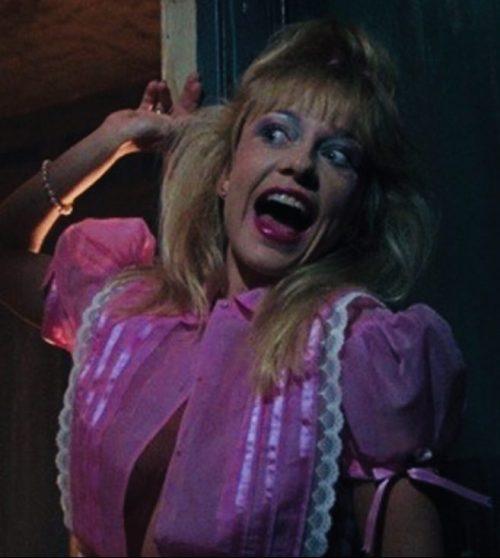 MV5BMzYxMTk2NDUtYmU3Yy00OGQzLWE1NjYtMDUyM2NjYjQ1NWJjXkEyXkFqcGdeQXVyMjQ3NDc5MzY@. V1 e1570280606378 The 10 Best Movies To Watch At Halloween