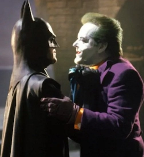 MV5BZmU3OWM0MDMtYzJjOS00MzU5LWFlMzAtYTA2YzA3NmUwYTQzXkEyXkFqcGdeQXVyNjQ4ODE4MzQ@. V1 SY1000 CR0015121000 AL 1 Michael Keaton In Talks To Play Batman Again In New DC Movies
