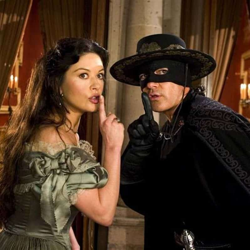 Movie review The Legend of Zorro e1572356159564 The Mask Of Zorro: 20 Facts About The Film That Will Really Leave A Mark
