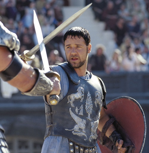 Russell Crowe Gladiator 20 Hilariously Negative Reviews Of Classic Movies