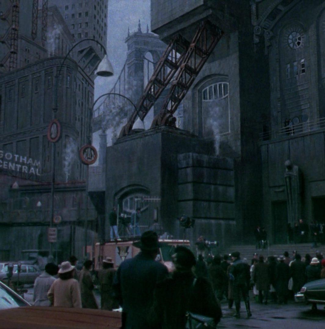 Screen1989Gotham5 e1570443230245 Michael Keaton In Talks To Play Batman Again In New DC Movies