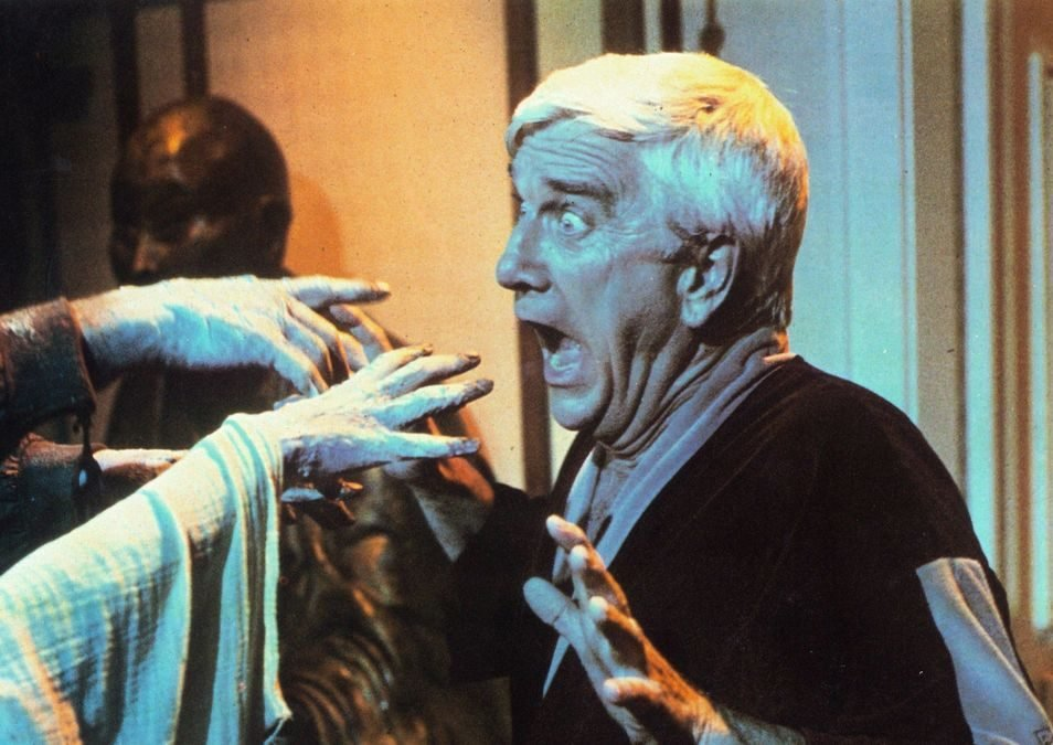 creepshow 1200 1200 675 675 crop 000000 e1617202127833 20 Horror Movies That Defined The 1980s