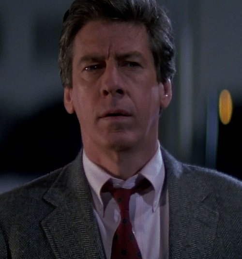 die hard paul gleason 20 Hilariously Negative Reviews Of Classic Movies