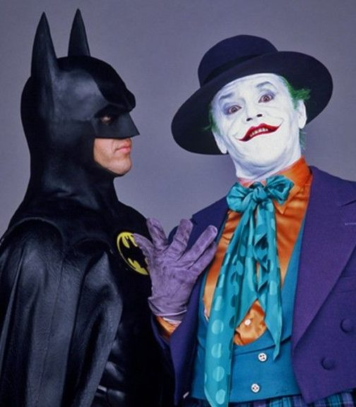 e820293c5c37e31a9c24c21cc79e6ee8 e1570564741360 Michael Keaton In Talks To Play Batman Again In New DC Movies