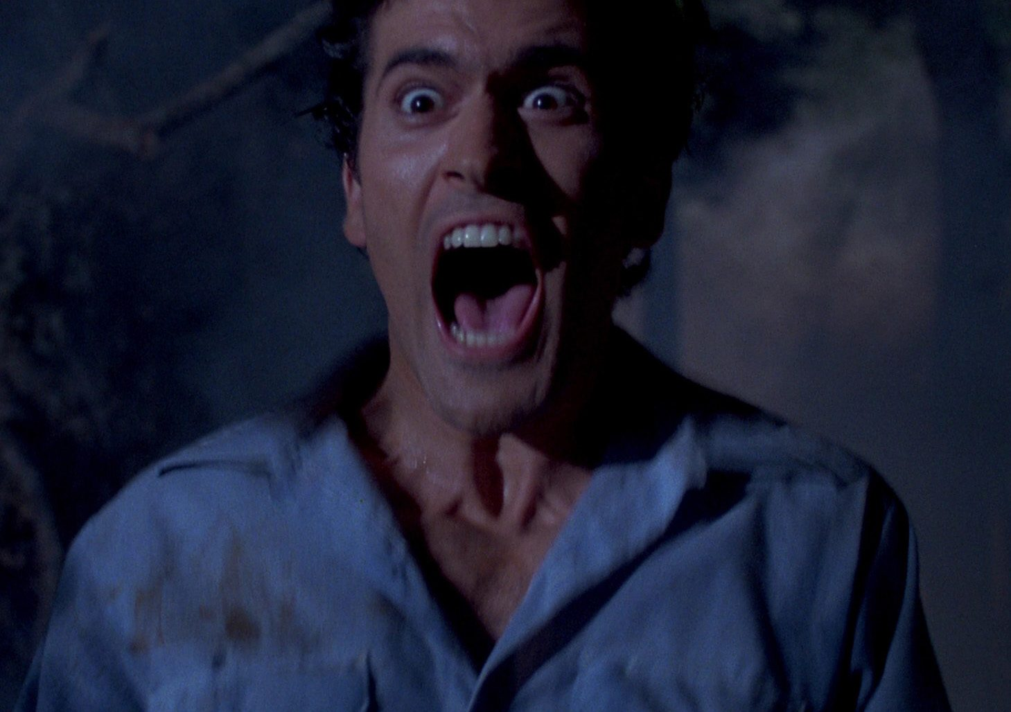 evil dead 2 pic 1 e1617264276992 20 Horror Movies That Defined The 1980s