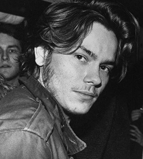 hwn4d PZRSMAFN78E Full Image GalleryBackground en US 1550699085862. SX1080 20 Facts About the Sadly-Missed River Phoenix