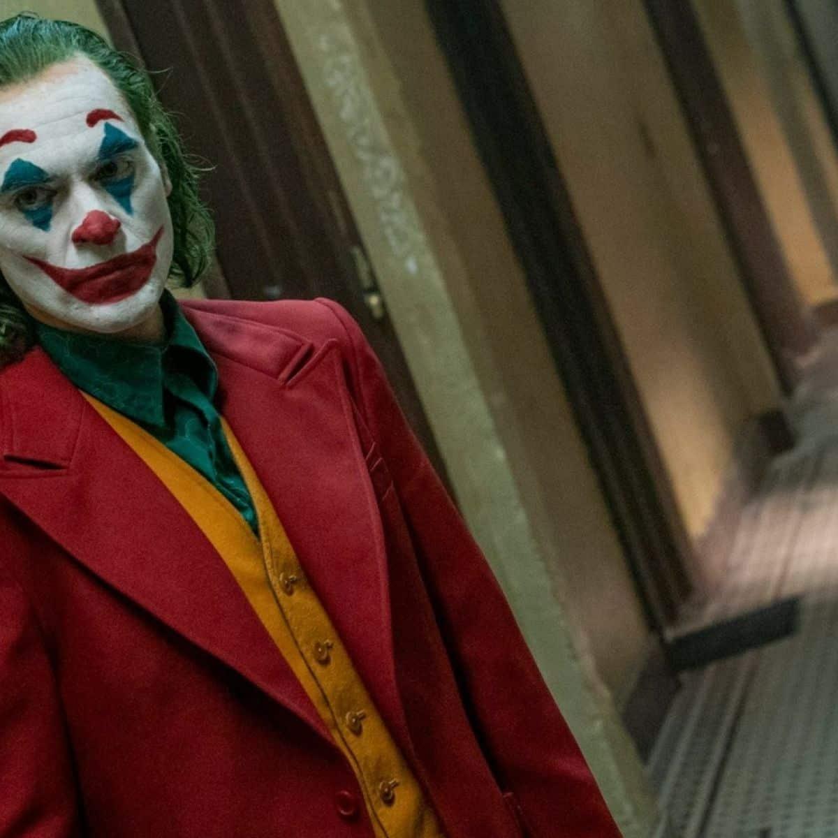 image 2 2 The 20 Biggest Ways Joker Breaks the Superhero Mold
