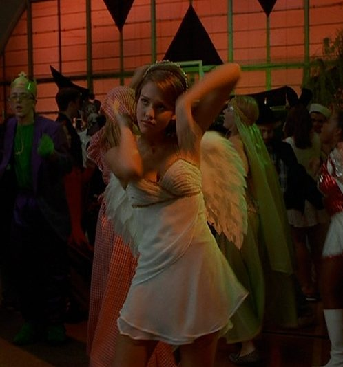 jessica in idle hands jessica alba 13729074 720 540 e1570281561354 The 10 Best Movies To Watch At Halloween