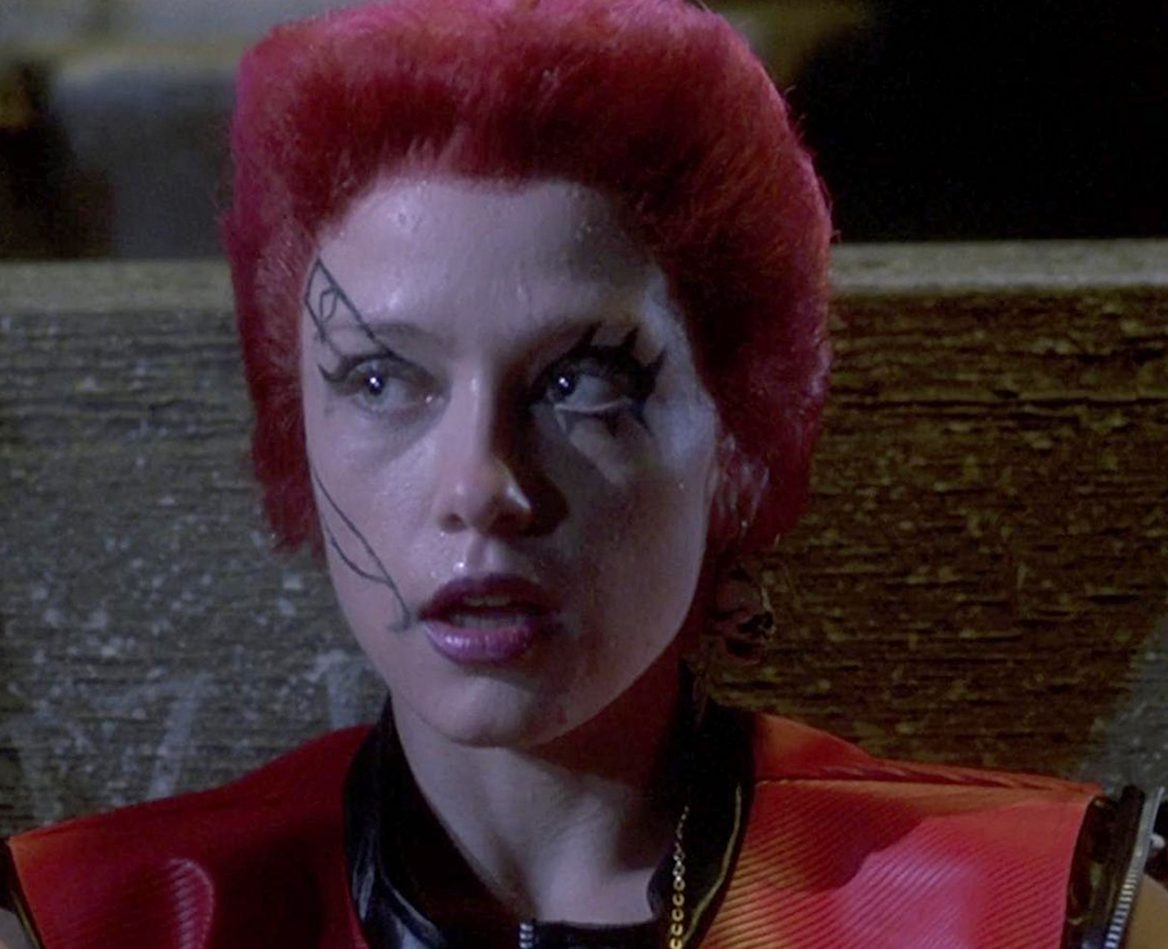 linnea quigley the return of the living dead e1617202432450 20 Horror Movies That Defined The 1980s