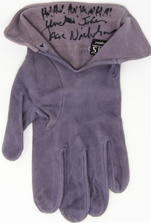 main 1502315869 Jack Nicholson Signed Screen Worn Glove as The Joker from Batman 1989 Assistant Provenance LOA PSA LOA PristineAuction.com Michael Keaton In Talks To Play Batman Again In New DC Movies