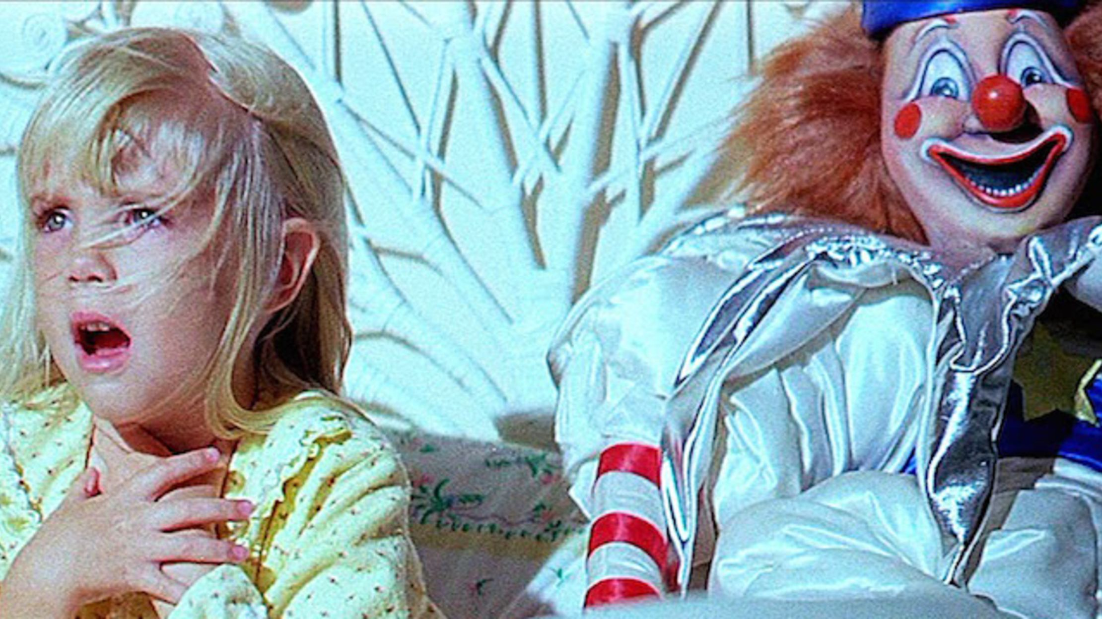 poltergeist primary 20 Horror Movies That Defined The 1980s