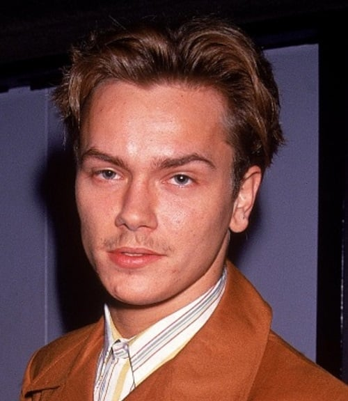 river phoenix 372698 1 402 20 Facts About the Sadly-Missed River Phoenix