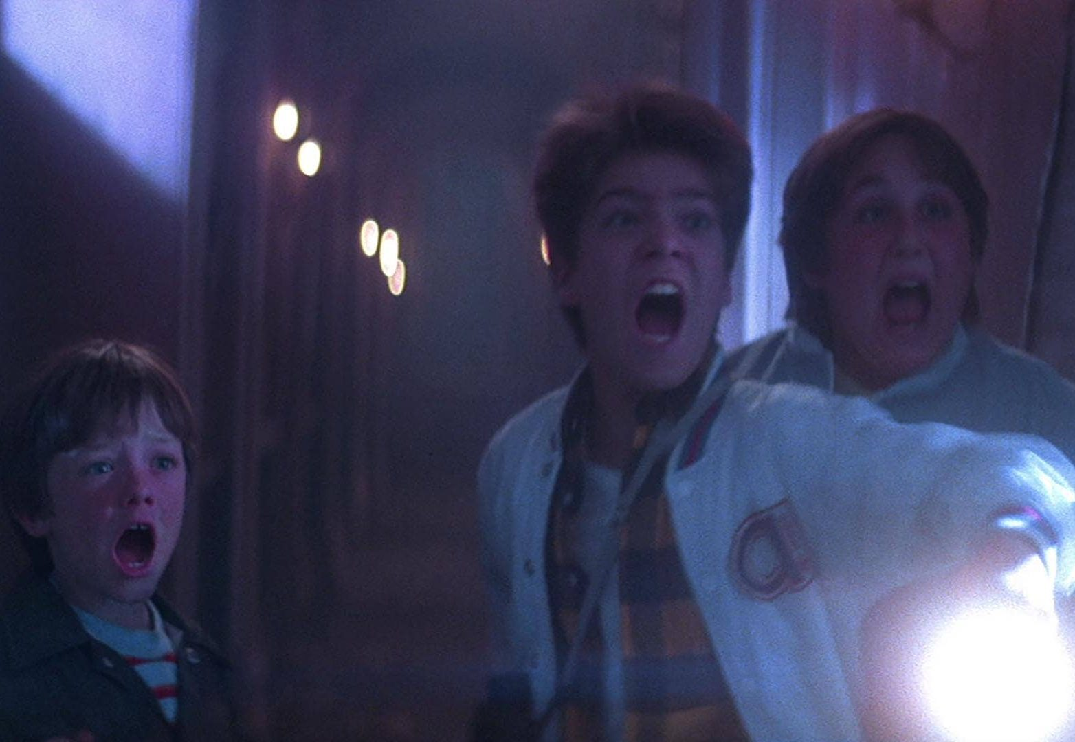the monster squad 05 1 e1617262595661 20 Horror Movies That Defined The 1980s