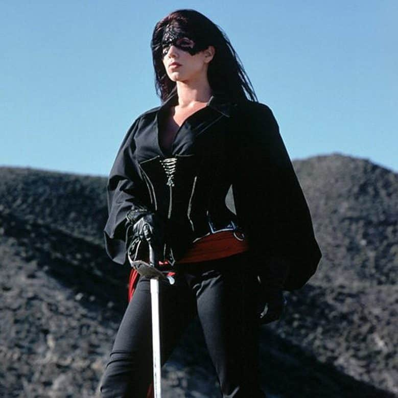 z2J8YS6blUO94w8sQgM6jOGc15T e1572362313399 The Mask Of Zorro: 20 Facts About The Film That Will Really Leave A Mark