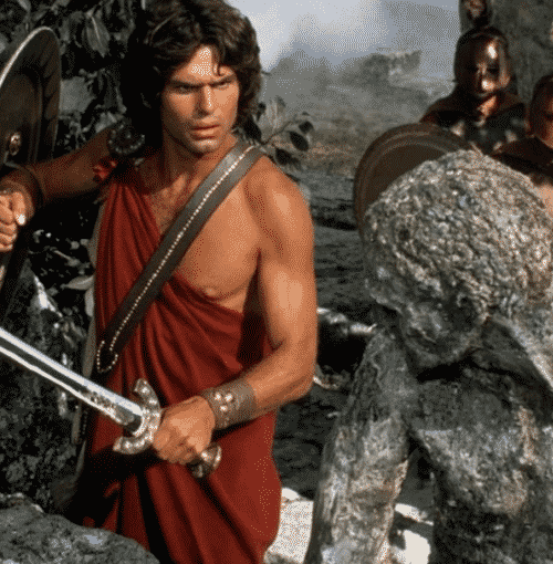 2Choice 10 Titanic Facts You Probably Didn't Know About Clash Of The Titans!