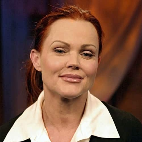 4 2 10 Fascinating Facts About The Gorgeous Belinda Carlisle