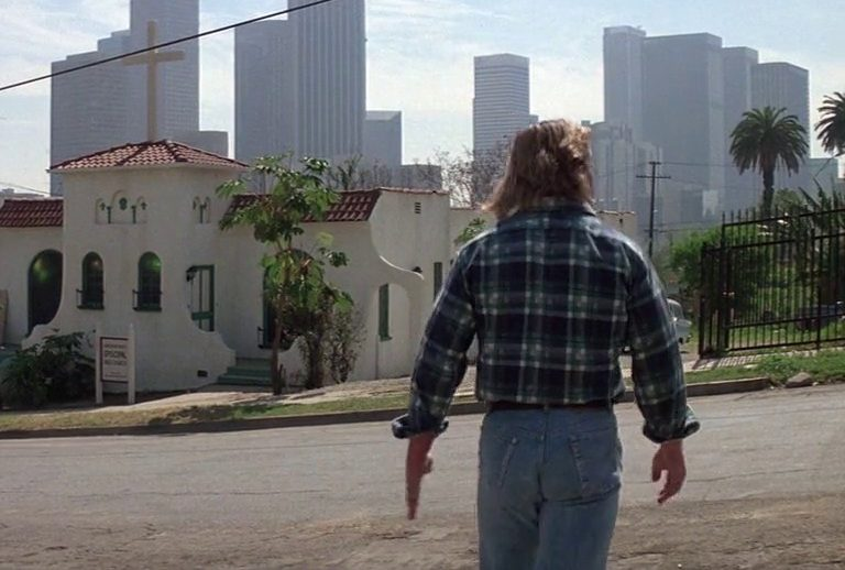 7 54 e1617378711909 21 Mind-Altering Facts You Never Knew About John Carpenter's They Live