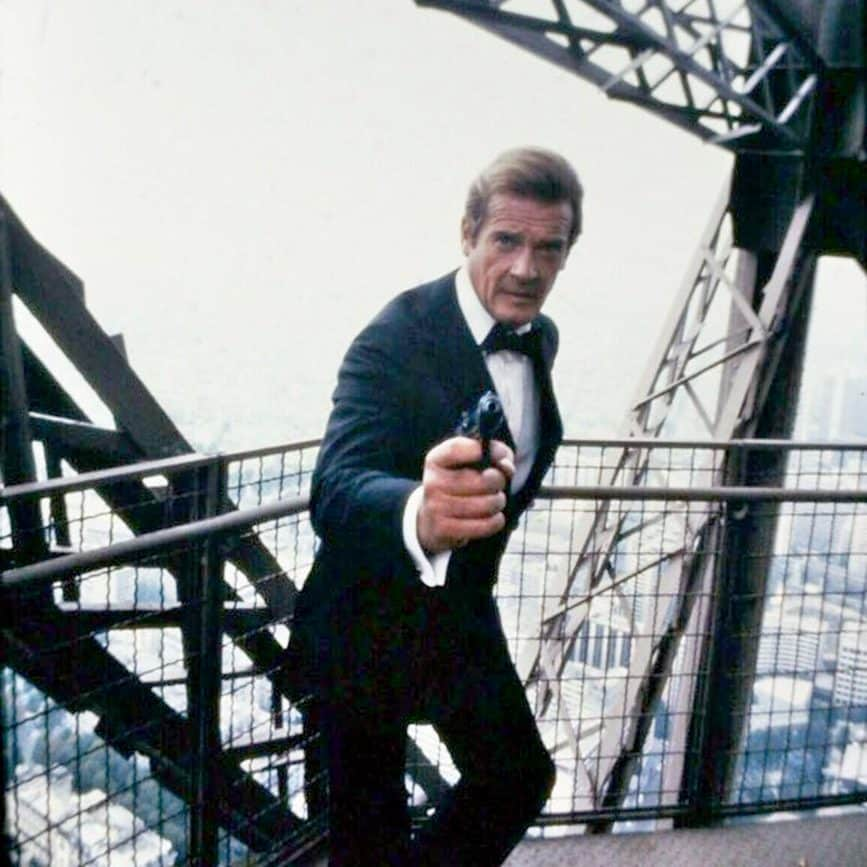 D56WeZyW0AAQiRB e1573229624347 A View To A Kill: 20 Things You Never Knew About Roger Moore's Final James Bond Film
