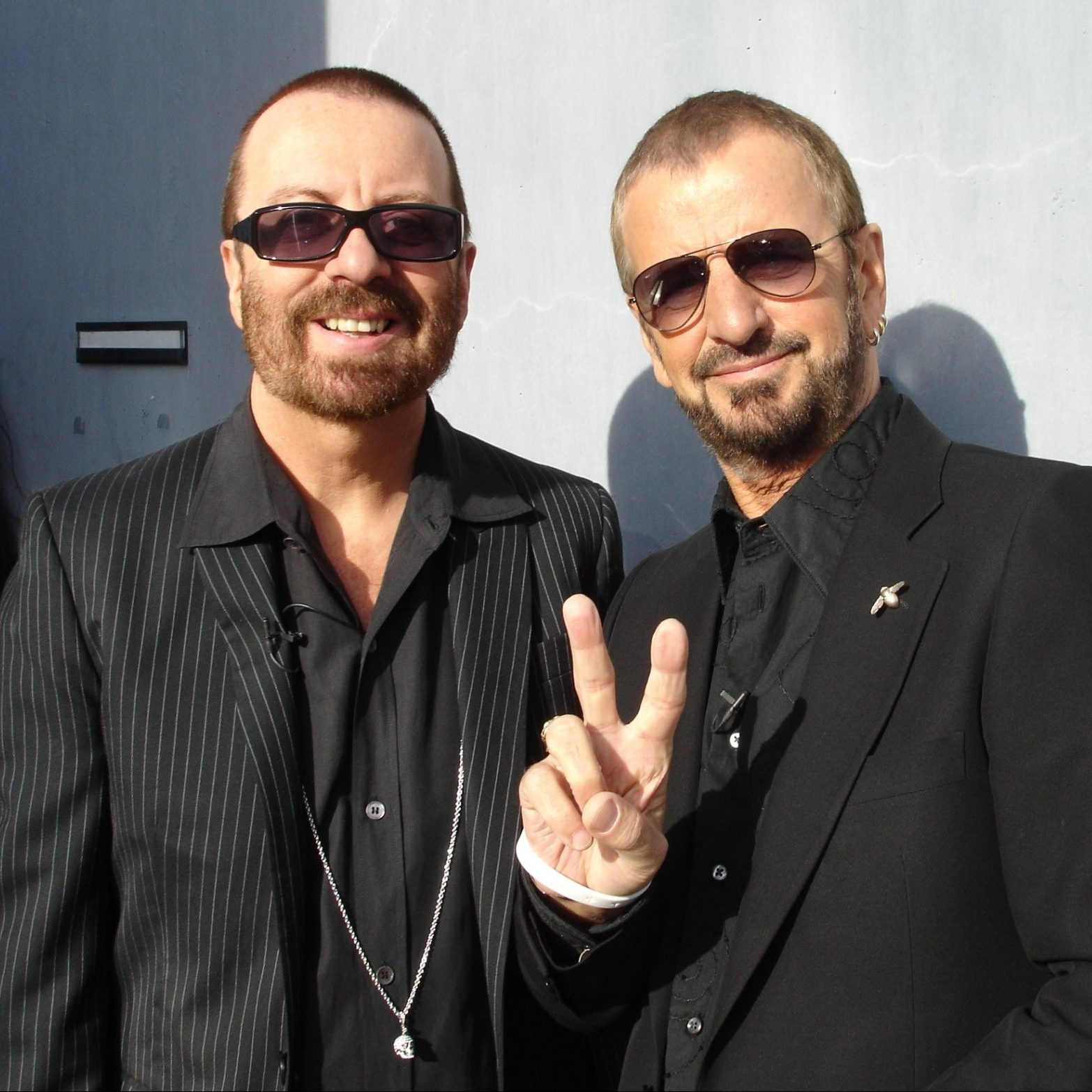 Dave STewart and RIngo Starr e1574437024405 20 Sweet Facts About Pop Icons Eurythmics