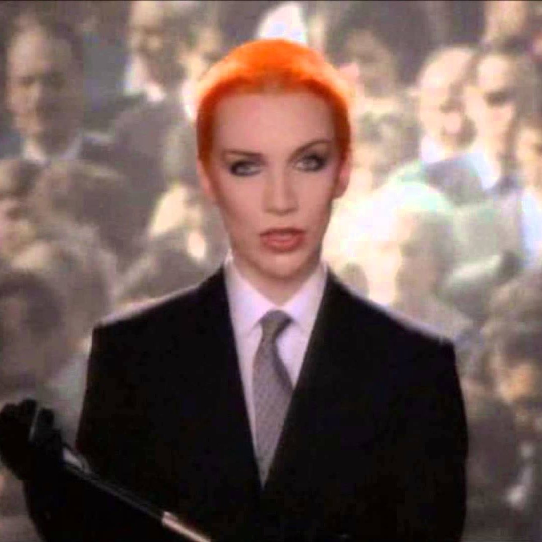 Sweet Dreams e1574428055980 20 Sweet Facts About Pop Icons Eurythmics