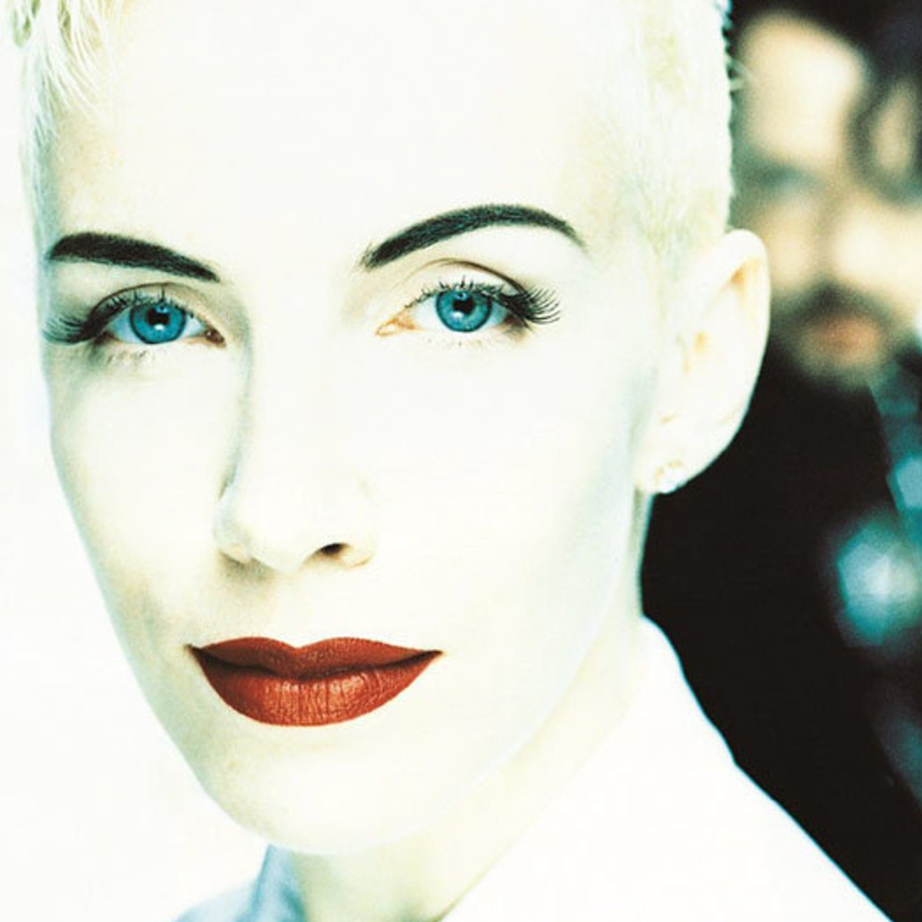 img 1 e1574675938303 20 Sweet Facts About Pop Icons Eurythmics