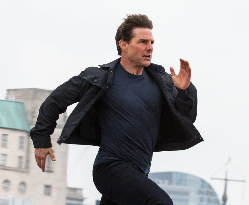 mission impossible tom cruise running social e1616580440787 30 Actor Transformations So Extreme You Didn't Even Recognise Them
